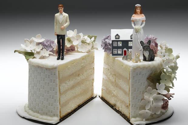 groom_divorce_bride_wedding_night-387644